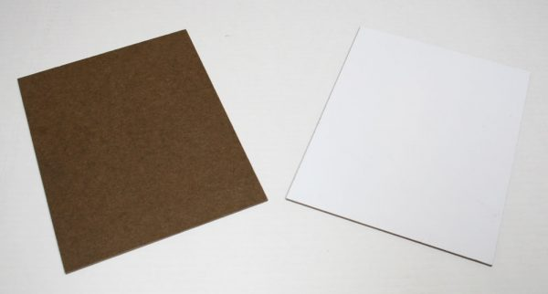 Hardboard / Markerboard: smooth wood on one side, white surface on the other side.